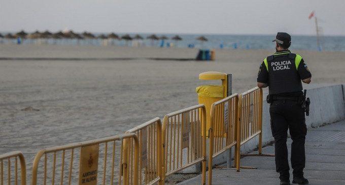 La mascareta passa a ser obligada en fer esport i a les platges urbanes