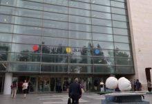 Condemnat a cinc anys de presó l'exmarit d'Oltra per abusos a una menor