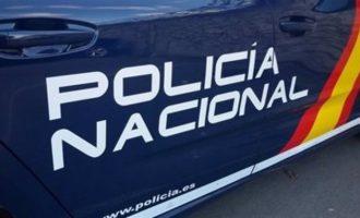 Detingudes sis persones en dues operacions contra el tràfic de drogues a Torrent