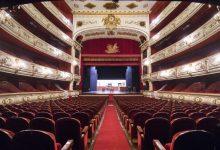 Els teatres públics de València i els privats mantenen la seua activitat