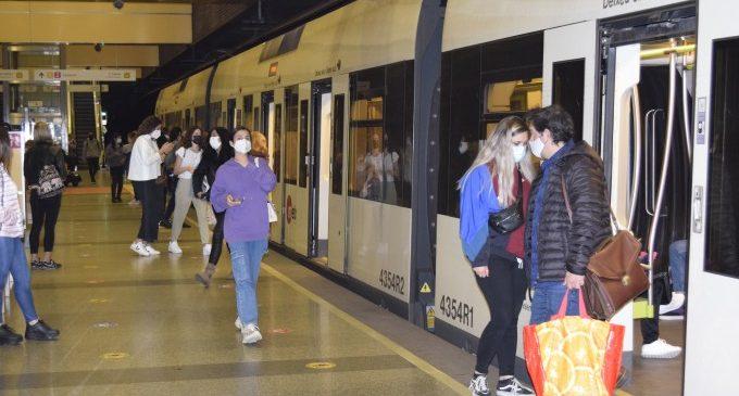 La Generalitat facilita cerca de 1,5 millones de desplazamientos de personal sociosanitario con el abono gratuito para el transporte público