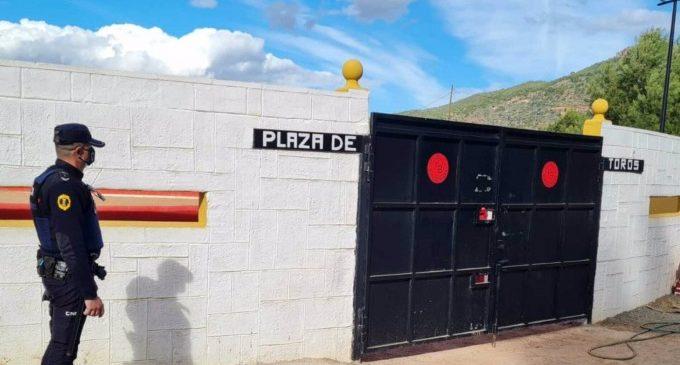 """Sancionen a 11 persones per organitzar una """"capea"""" il·legal a Sagunt i saltar-se el tancament perimetral"""