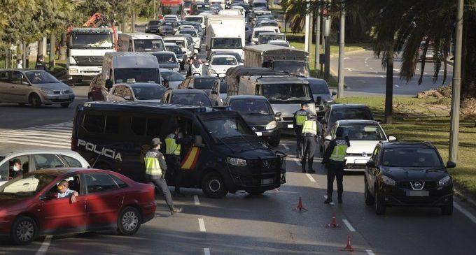La Generalitat valora alçar els tancaments perimetrals a les ciutats els caps de setmana a partir de març
