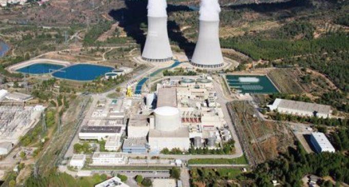 """Cofrents como punto cero para los ecologistas valencianos: """"la transición ecológica pasa por cerrar la central nuclear"""""""