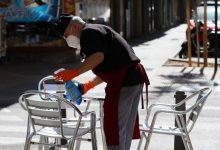 La desescalada podría empezar el próximo lunes con las terrazas abiertas y mesas de hasta cinco personas