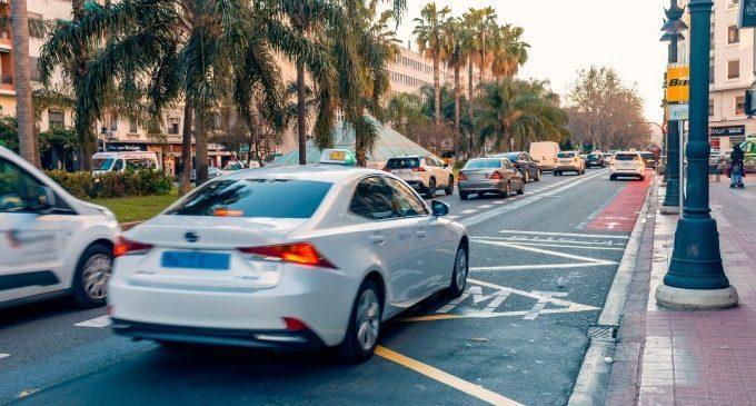 Les ajudes de la Generalitat a cada taxi seran com a mínim de 1.000 euros per a pal·liar els efectes de la pandèmia
