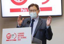 """Ximo Puig destaca la necessitat de mantindre el """"diàleg social"""" per a superar la situació provocada per la pandèmia"""