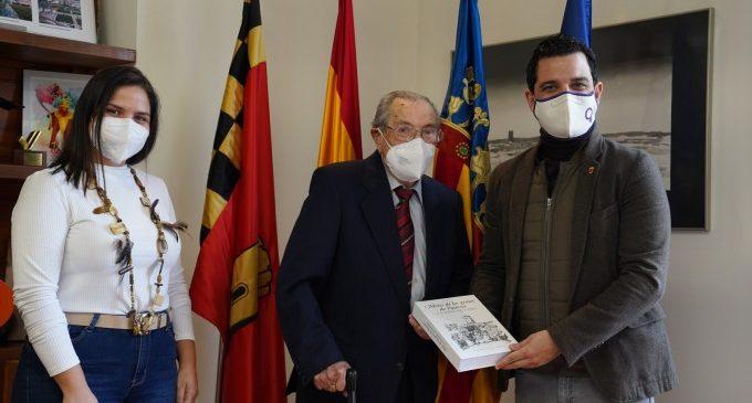 Vicente Cotolí presenta 'Motes de las Gentes de Paterna'