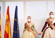 Las Falleras Mayores de Torrent protagonizan un vídeo de reconocimiento a los centros de mayores de la ciudad
