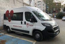 El Centre de Dia Pérez Bruschetti de Xàtiva compta amb una segona furgoneta adaptada