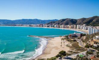 Cullera destina més ajudes directes a empreses turístiques i d'oci