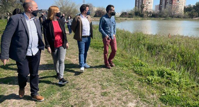 La diputada de Mobilitat Sostenible visita la marjal de Massamagrell