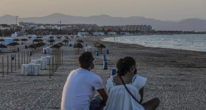 L'impuls a la vacunació preveu una reactivació del turisme en el segon semestre