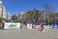 """València protesta contra """"el auge de discursos de odio racistas"""" y por la derogación de la Ley de Extranjería"""