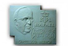La família de Rafael Contreras dona al Museu Faller una placa escultòrica en forma de retrat