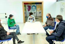 L'Ajuntament de València mostra el seu suport a Lambda després de les agressions de lgtbifòbia a la seua seu