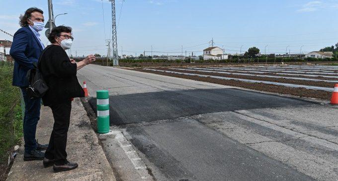 Movilidad realiza una actuación de pacificación del tráfico en el camino de Carpesa a Montcada