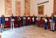 Els alumnes de l'IES Joan Fuster de Sueca dissenyen la campanya de les colònies felines