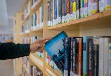 La Biblioteca Municipal de Cullera celebra el Dia del Llibre amb un augment significatiu dels seus préstecs