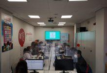 Paterna renova el conveni amb Jovesólides per a combatre la bretxa digital a La Coma
