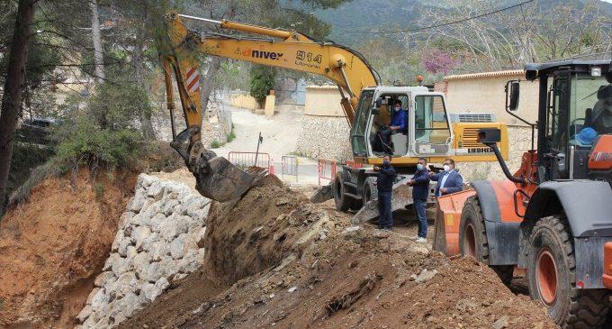 L'Ajuntament d'Ontinyent crea dues escolleres de pedra al Camí de Mossén Conca per eliminar el perill de solsides