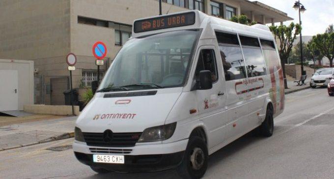 Ontinyent disposa un servei de bus a la platja a preu reduït per afavorir la mobilitat sostenible i independent