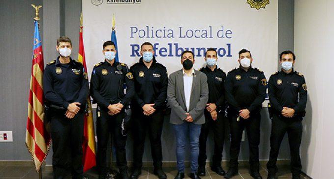 La Policía Local de Rafelbunyol amplía la plantilla con cinco nuevos agentes