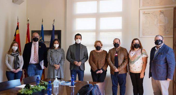 L'alcalde de Paterna es reuneix amb la nova Presidenta de Junta Local Fallera