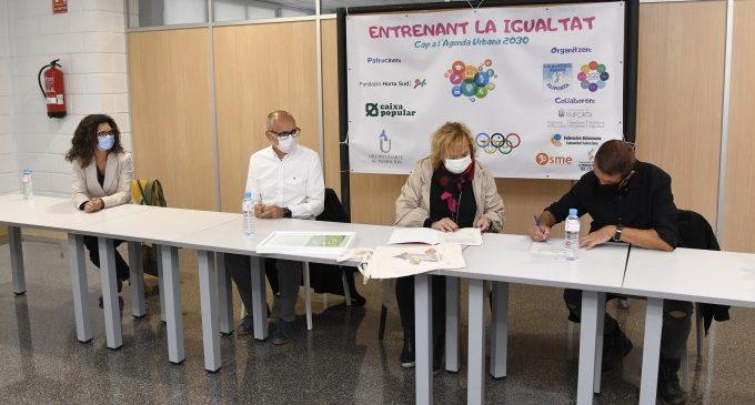 Formalitzat l'acord per a desenvolupar programa interassociatiu 'Entrenant la igualtat' a Paiporta