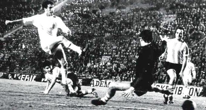La Penya Valencianista de Puçol homenatja els germans Claramunt, guanyadors de la Lliga 70-71