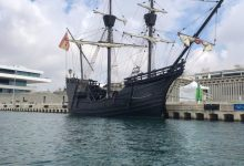 Nao Victoria atraca en La Marina de València per a acostar als seus visitants la primera volta al món