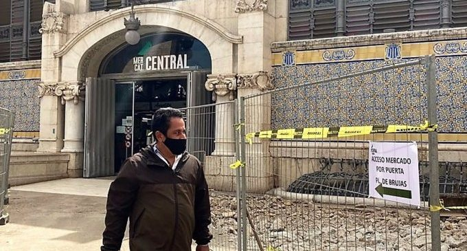 """Els venedors del Mercat Central fan un balanç """"molt positiu"""" de la primera setmana d'obres"""