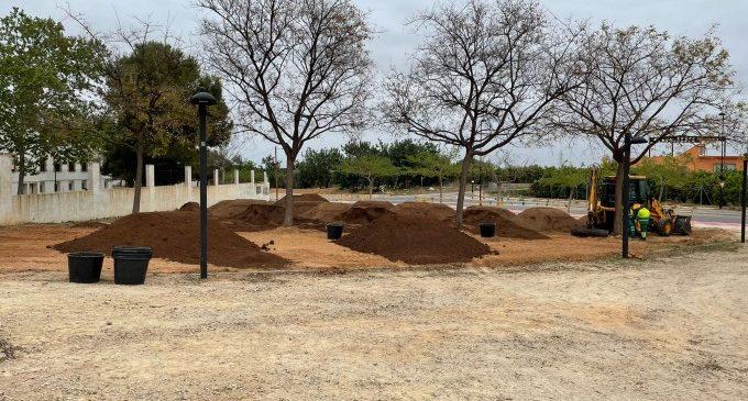 Torrent inicia les obres per a la nova zona de descans i esport al Vedat
