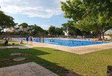 Foios licita la gestión y mantenimiento de la piscina y el polideportivo municipal