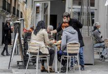 Entra en vigor l'ampliació de persones en espais públics i privats