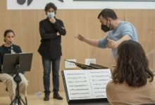 El programa 'CaixaBank Escolta València' forma directors d'orquestra en un curs dirigit per Cristóbal Soler