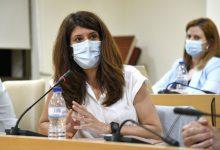La regidora d'Economia, Ocupació i Comerç de Paiporta, Beatriz Jiménez, deixa la seua acta