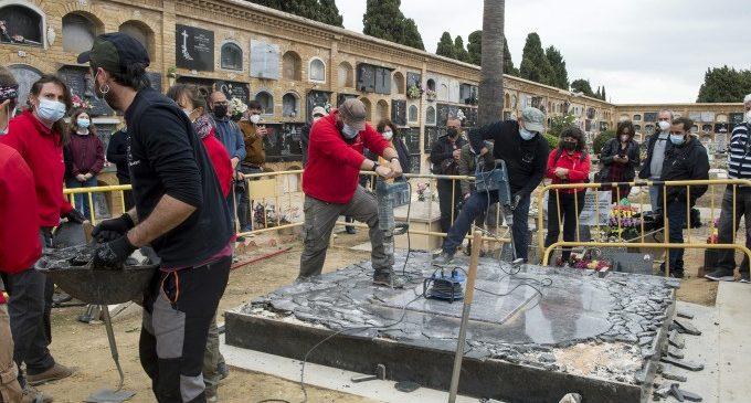 La Diputació inicia l'excavació de la fossa 114 de Paterna en la qual jauen les restes d'alcaldes i professionals liberals represaliats