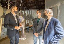 "Miquel Navarro crea l'escultura ""Cullera"""