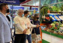 València mostra en els mercats municipals la relació entre alimentació i canvi climàtic