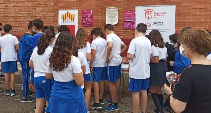 La UPCCA de Xàtiva realitza taules informatives amb motiu del Dia Mundial sense Tabac