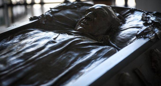 El Cementeri General reprén les rutes guiades, amb el sarcòfag de Blasco Ibáñez com a principal novetat