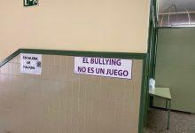 Burjassot s'alça contra l'assetjament escolar