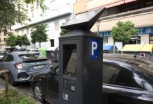 La zona blava d'estacionament serà gratis des de hui i durant la setmana de Falles