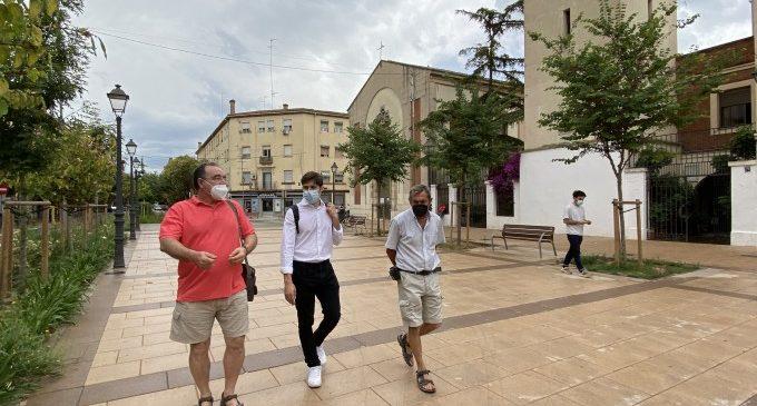 València presenta a l'associació de veïns de Sant Marcel·lí la futura conversió en zona de vianants de la Plaça Monistrol