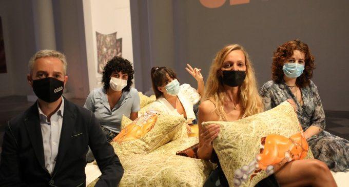 El Centre del Carme impulsa la primera exposició dedicada a les xarxes socials i a la cultura centennial