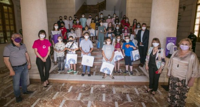 Gandia obté el reconeixement de Ciutat Amiga de la Infància
