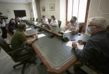 Ribó mostra la seua preocupació per l'impacte laboral que pot tindre el projecte d'ampliació del port de València