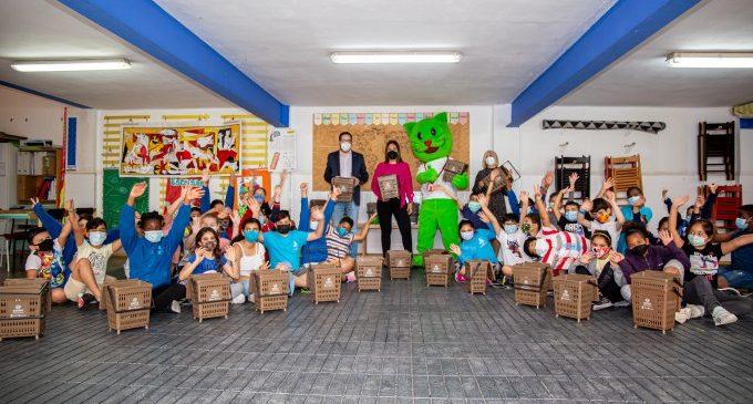 Els col·legis de Mislata instal·len compostadors dinàmics per a fomentar el reciclatge