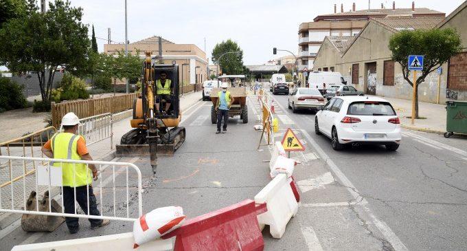 Canvis provisionals en el trànsit de Francisco Císcar de Paiporta per les obres de millora de la xarxa  elèctrica